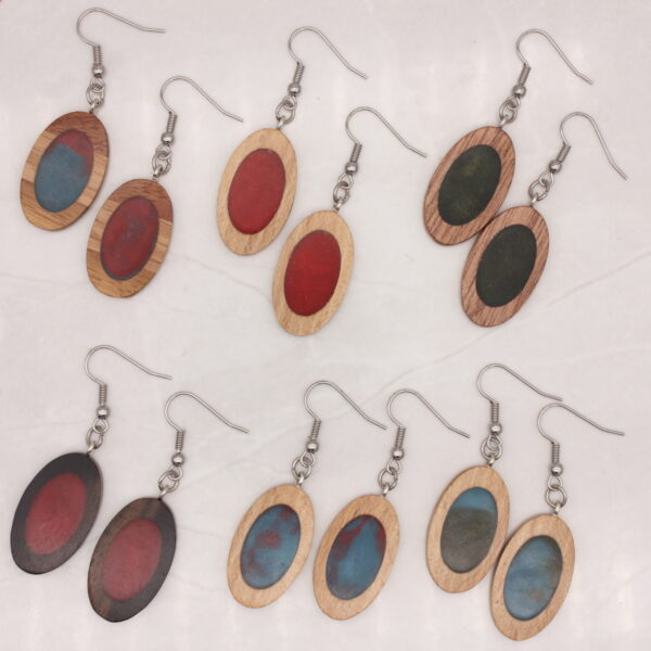 Oval wood and resin earrings - Woodcraft by Owen